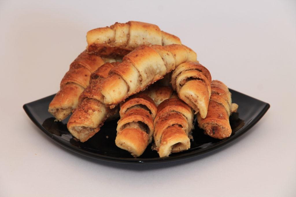Ореховые трубочки фото