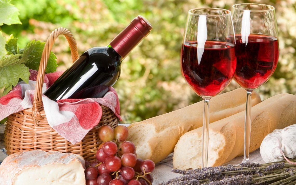 женское вино полусладкое