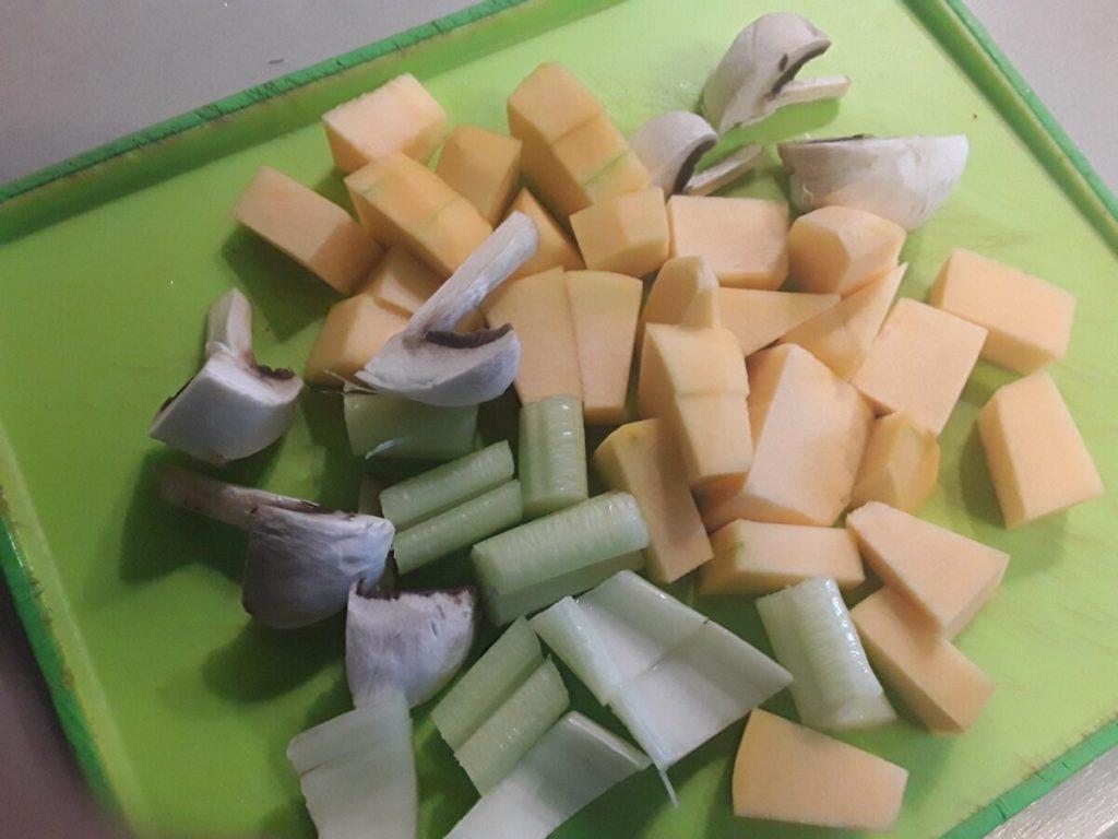 Пельмени запеченные с сыром- подготовка