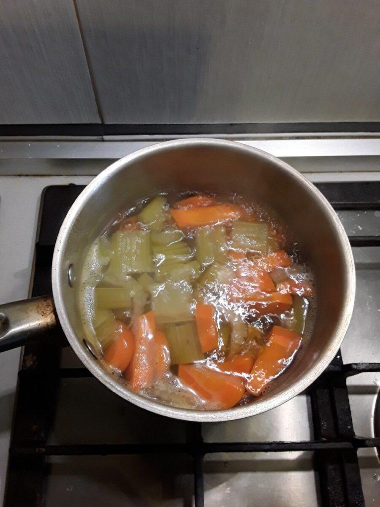 простой суп пюре - варим овощи