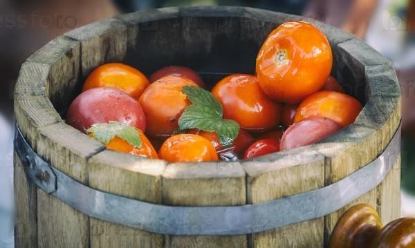 помидоры соленые с горчицей